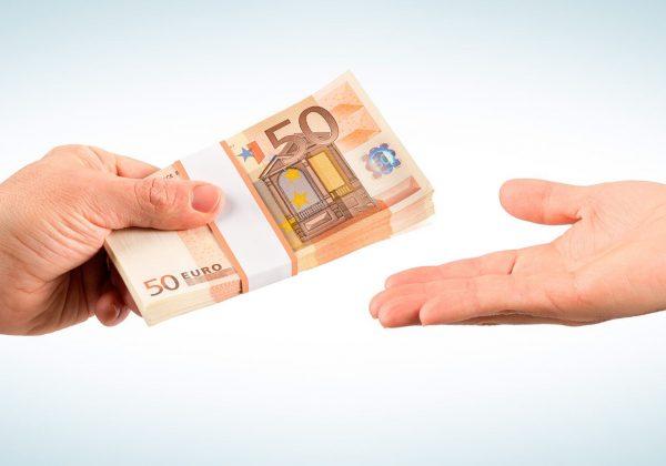 Hoe kan het zo zijn dat veel mensen last hebben van creditcards? Er zitten toch alleen maar voordelen aan? Of is dat een leugen?